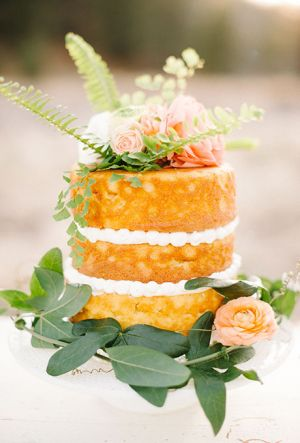 Naked Wedding Cake (12)