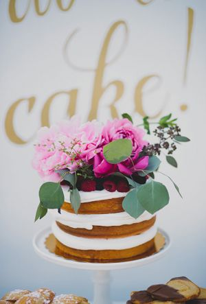 Naked Wedding Cake (15)