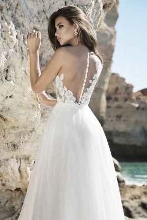 Model Paola
