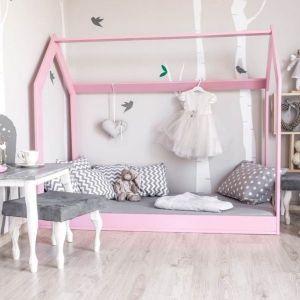 Różowe Drewniane Łóżko Skandynawskie Domek