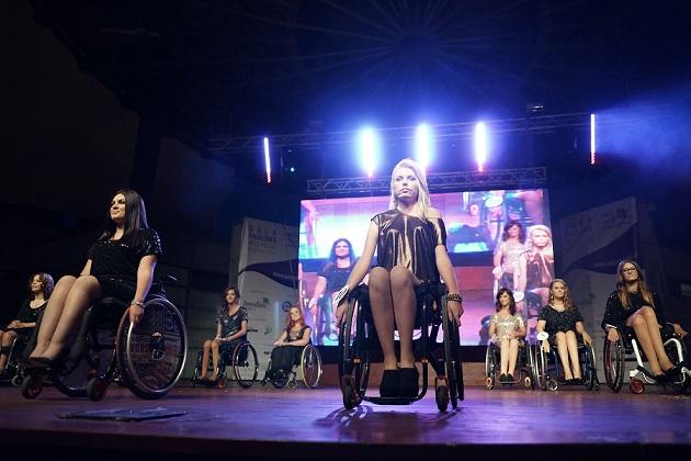 Miss na wózku (2)