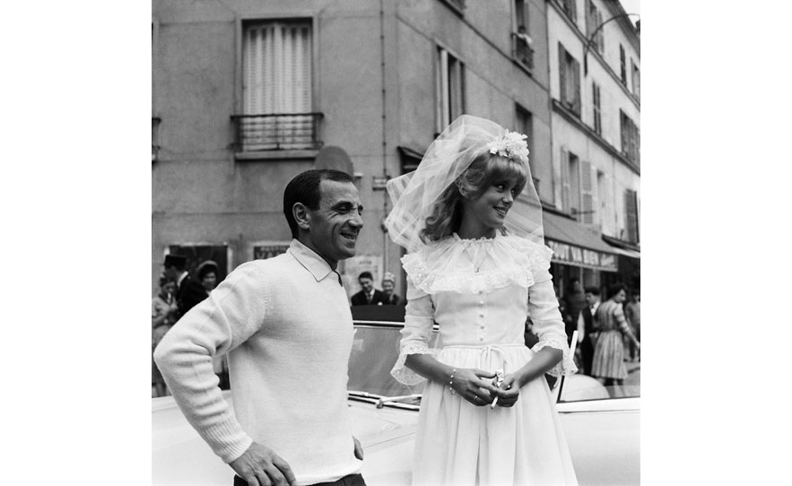 Catherine Deneuve et Charles Aznavour dans le film Le Vice et La Vertu de Roger Vadim en 1963