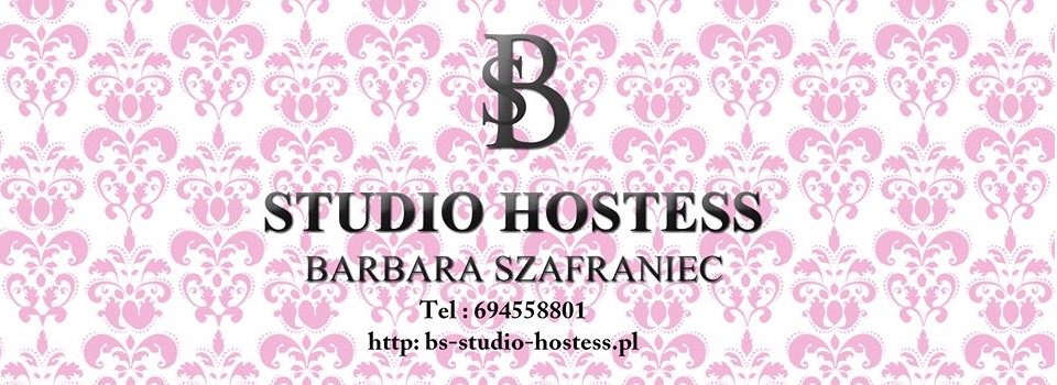 studio-hostess2