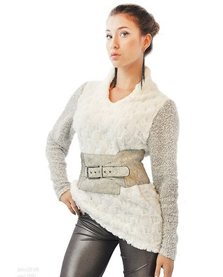 Łatka fashion sweter