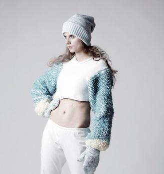 Anna Zaworska sweter