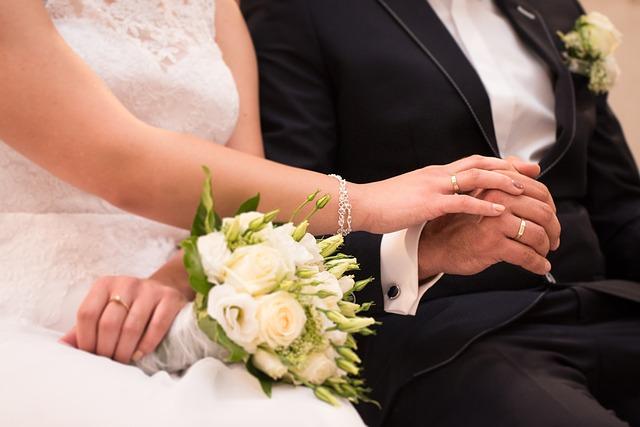 wedding-997634_640
