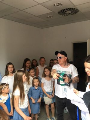 Gwiazdy Na Dzień Dziecka Spełniły Marzenie Dziewczynki Z Zespołem Downa ! (24)