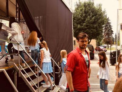 Gwiazdy Na Dzień Dziecka Spełniły Marzenie Dziewczynki Z Zespołem Downa ! (27)