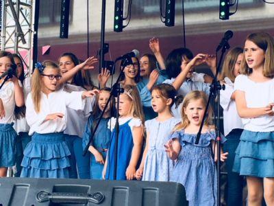 Gwiazdy Na Dzień Dziecka Spełniły Marzenie Dziewczynki Z Zespołem Downa ! (31)