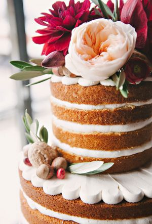 Naked Wedding Cake (6)