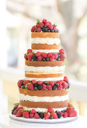 Naked Wedding Cake (7)