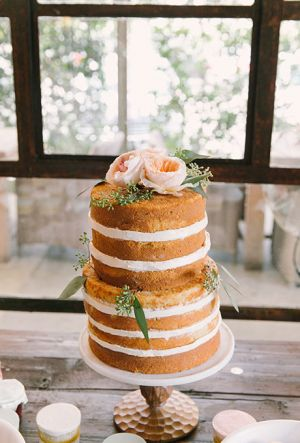Naked Wedding Cake (8)