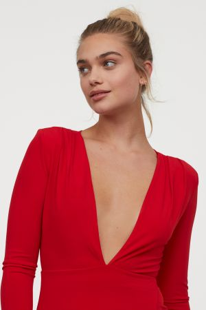 Sukienka Z Dekoltem W Serek H&M 149,00 ZŁ