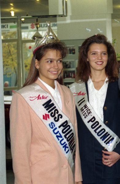Wrêczenie nagrody Miss Polonii 1993 Aleksandrze Spieczyñskiej