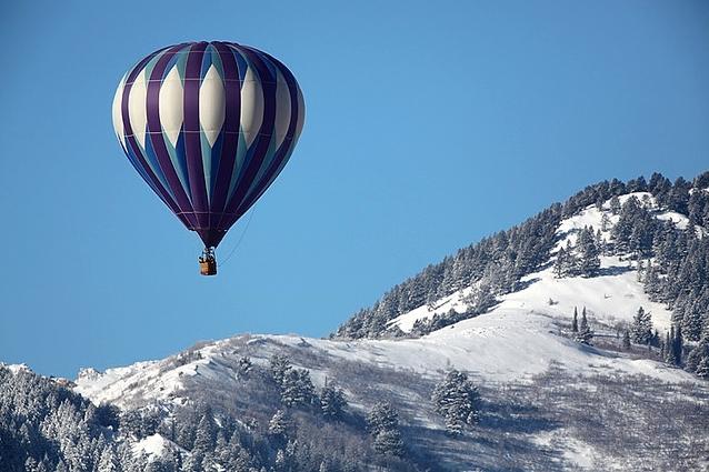 Lot balonem zimą