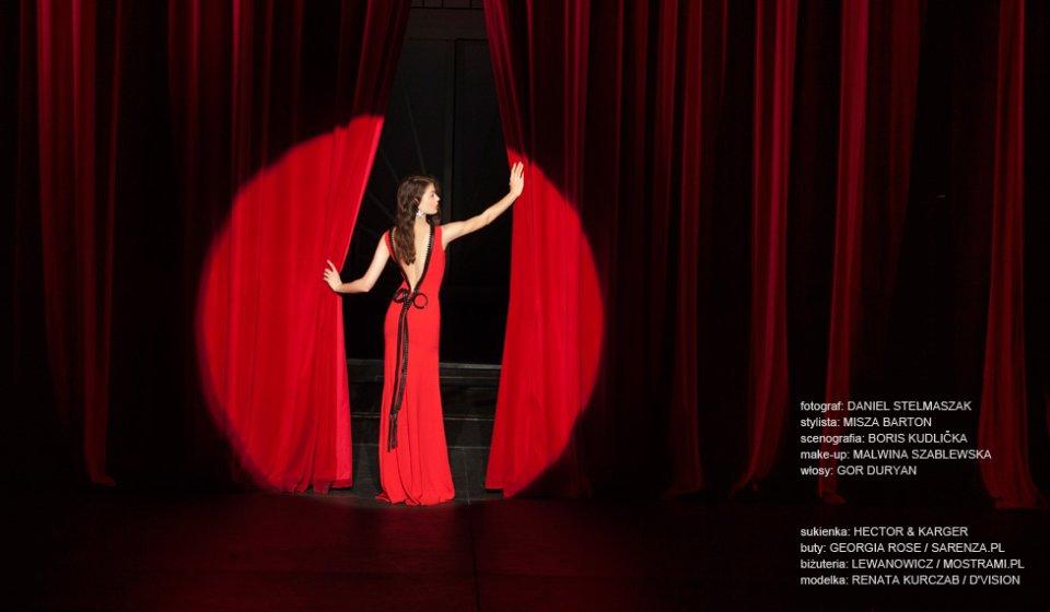 czerwona sukienka (1)