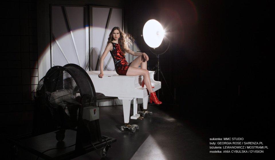 czerwona sukienka (3)