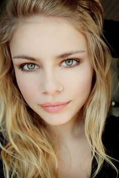 zielone oczy loreal make up