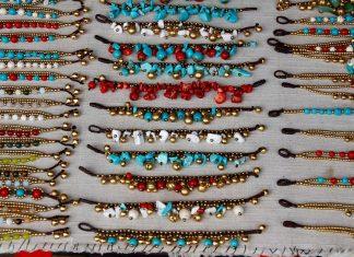 Koraliki, perły, kamienie