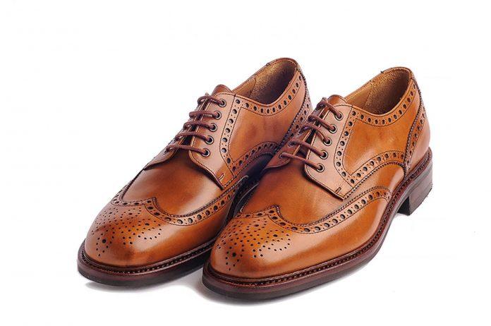 Na czym polega sekret popularności butów Derby?