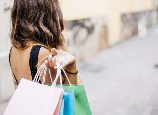 Modne ubrania w niskich cenach