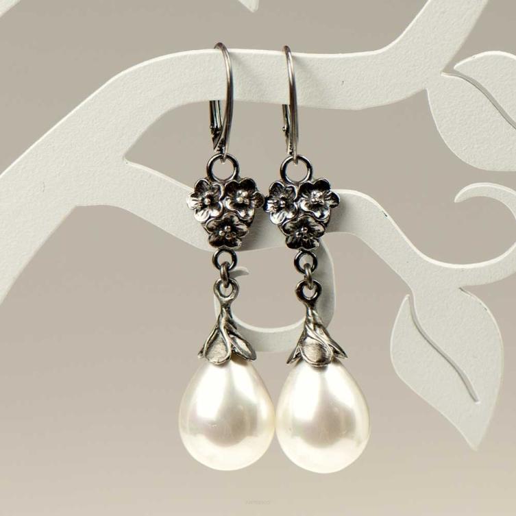 kolczyki z  perłami emma
