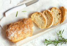 świeży chleb, chlebak