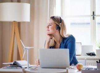 Jak przygotować domowe biuro do home office?