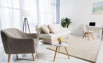 Minimalizm to obecnie jeden z najchętniej wybieranych stylów w aranżacji wnętrz, ceniony na całym świecie. Oszczędna forma, stonowane kolory i proste rozwiązania to właśnie te elementy, które sprawiają, że wnętrze zyskuje niebanalny wygląd, kojarząc się z luksusem i dobrym smakiem.