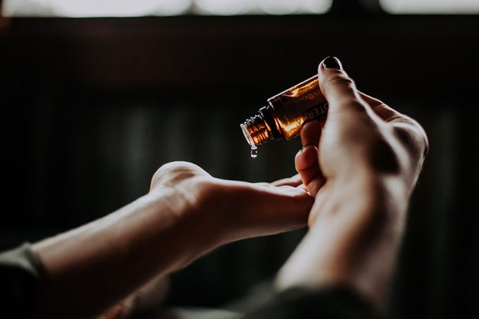 Dlaczego warto korzystać z aromaterapii
