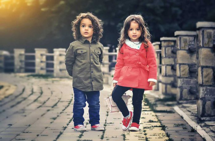 Jakie buty kupić małemu dziecku?